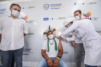 Nesta 1ª fase, Campanha de Vacinação de Alagoas também abrange 7.599 indígenas e 1.246 idosos que residem em albergues e asilos